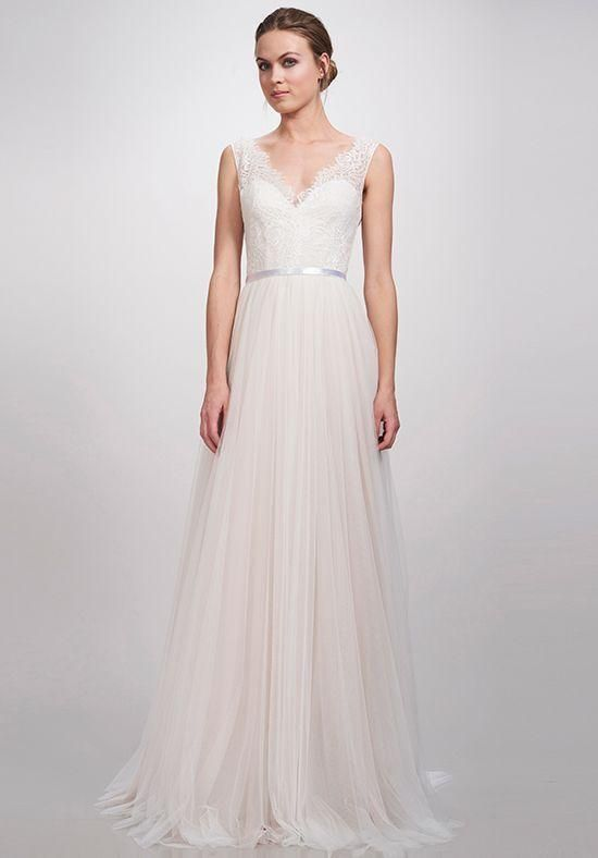 f345ee3c0ee Here Are 10 Amazing Irish Bridal Designers You Need To Know About
