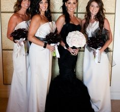 Chic & sophisticated black and white wedding theme!