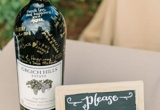 10 Fantastic Wedding Guestbook Ideas For Your Special Day