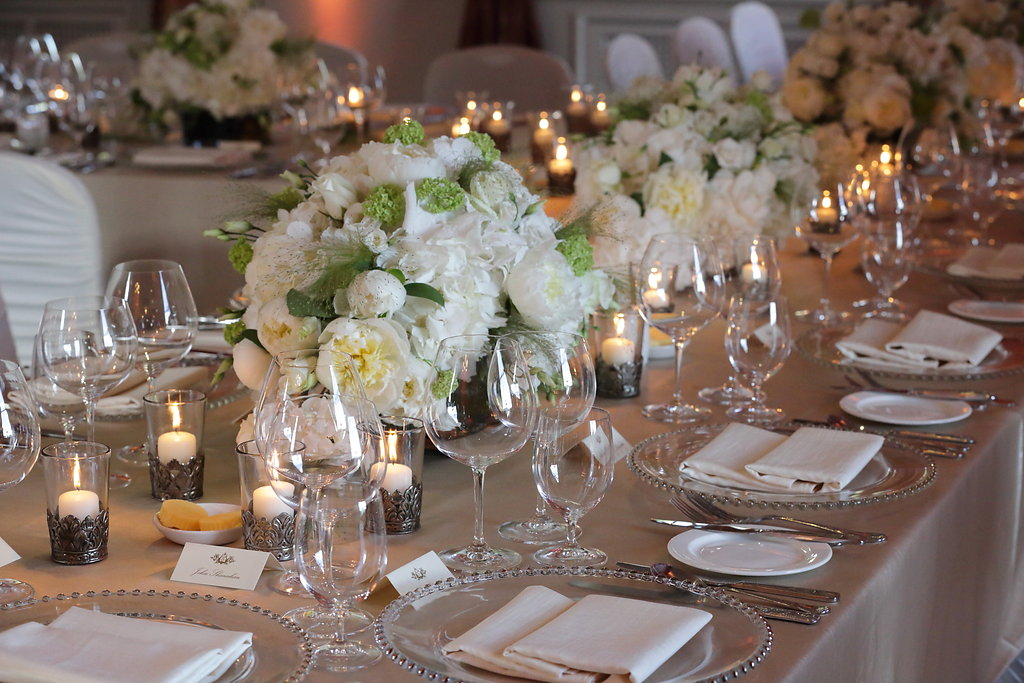 Wedding Stylist,Luxury Wedding Planner, Wedding in Ireland,Top Wedding venues in Ireland,Manor house wedding,Wedding Flowers,Luxury table linens