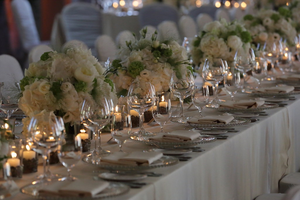 Tabletop,wedding stylist, weddingflowers,luxury linens,candlelight,chargerplates