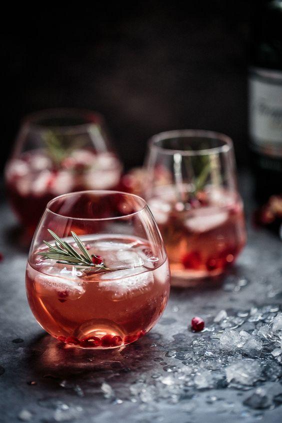 Pomegranate, Rosemary & Gin Fizz